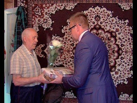 Ветераны получают поздравления
