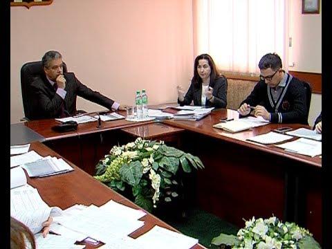 Глава администрации провел совещание по ремонту объектов социальной значимости