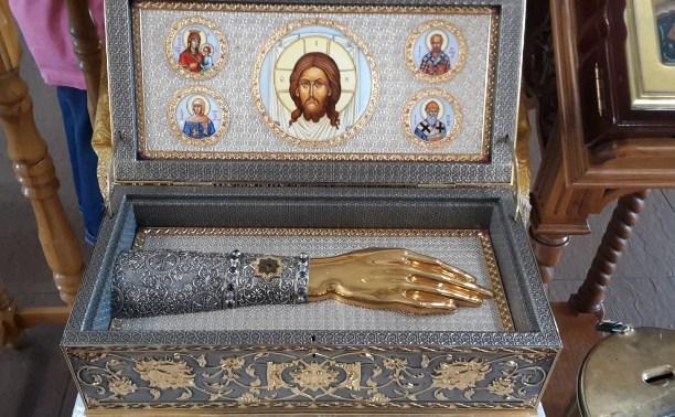 В Тульскую область  доставят мощи святых