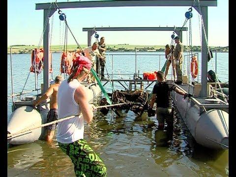Военную технику подняли из Шатского водохранилища