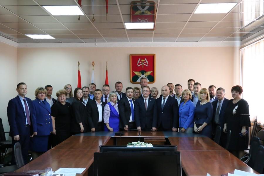 Представительная власть Новомосковска начала работу