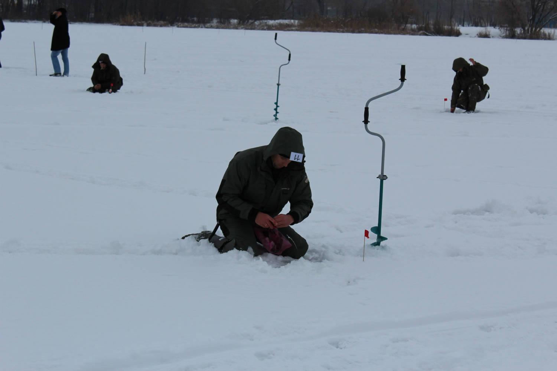 Соревнования по спортивной ловле на мормышку со льда