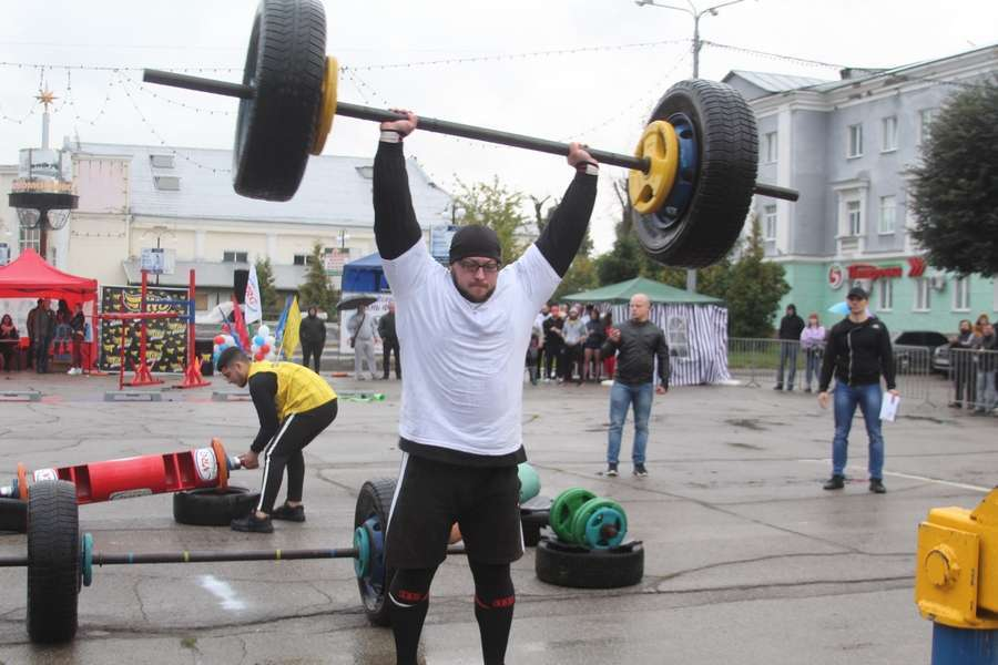 Новомосковцы стали победителями шоу-турнира «Мастер Мускул»