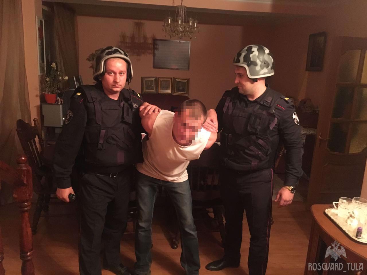 В Новомосковске сотрудники Росгвардии задержали вора прямо на месте преступления