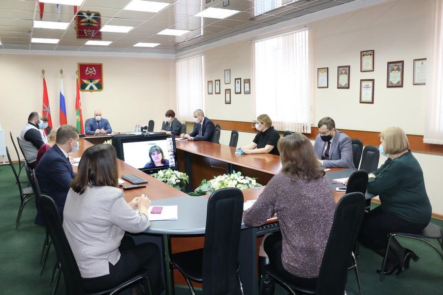 Алексей Бирюлин провел оперативное совещание