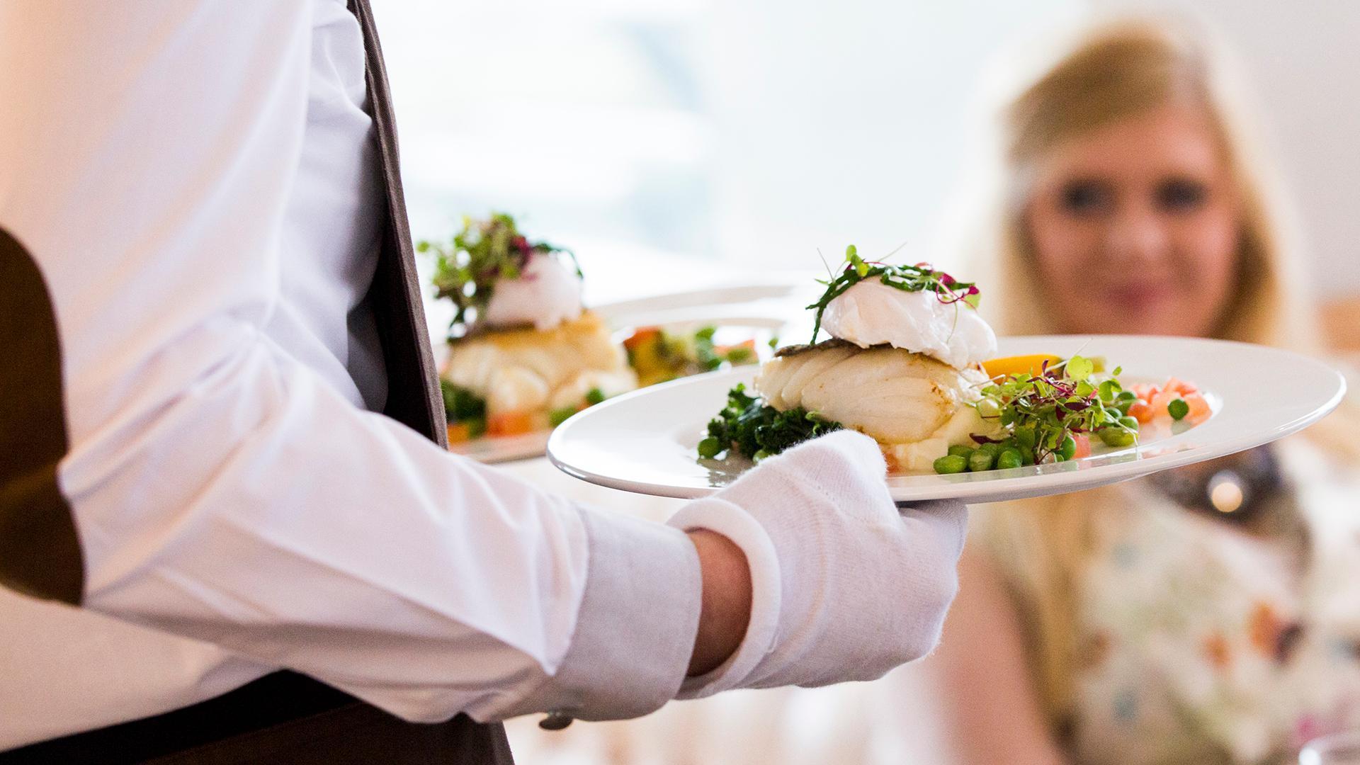 В Тульской области разрешена круглосуточная работа организаций общественного питания